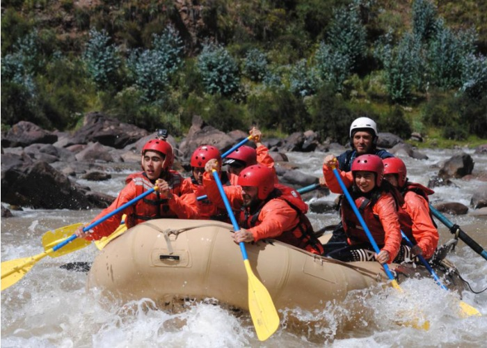 Rafting – canotaje – río vilcanota – rápidos – clase tres – picnic – kayakista – kayak – equipo de canotaje  – lunchbox - full day – tour – naturaleza – paisaje impresionante - paisaje andino –  local – aire libre – paisaje - valle sagrado del cusco – viaje – disfrute –  aventura - actividades al aire libre - lodge - hostel  - sierra – peru – lagos –sierra peruana – sierra cusqueña – cusco - - canoeing - river vilcanota - rapids - class three - picnic - kayaker - kayak - boating equipment - lunchbox - full day - tour - nature - breathtaking scenery - andean landscape - local - open air - landscape - sacred valley of Cusco - trip - enjoy - adventure - outdoor activities - lodge - hostel - sierra - peru - lagos - sierra peruana - sierra cusqueña - cusco